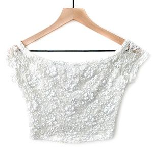 Hollister Off-White Lace Floral Crop Top Shirt XS